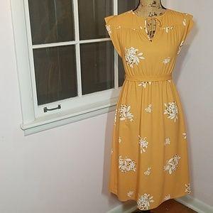 Lovely mustard Loft midi dress